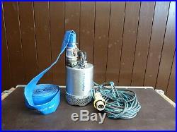 TT Liberator 2 Submersible Water Pump with Layflat Hose 110v